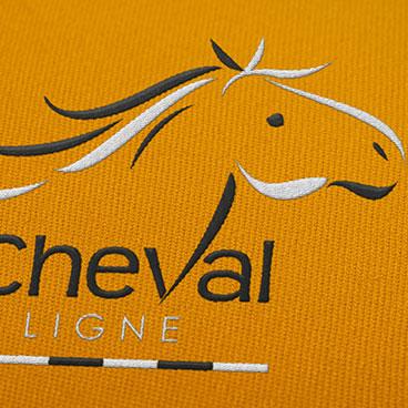 logo cheval en ligne marceline communication